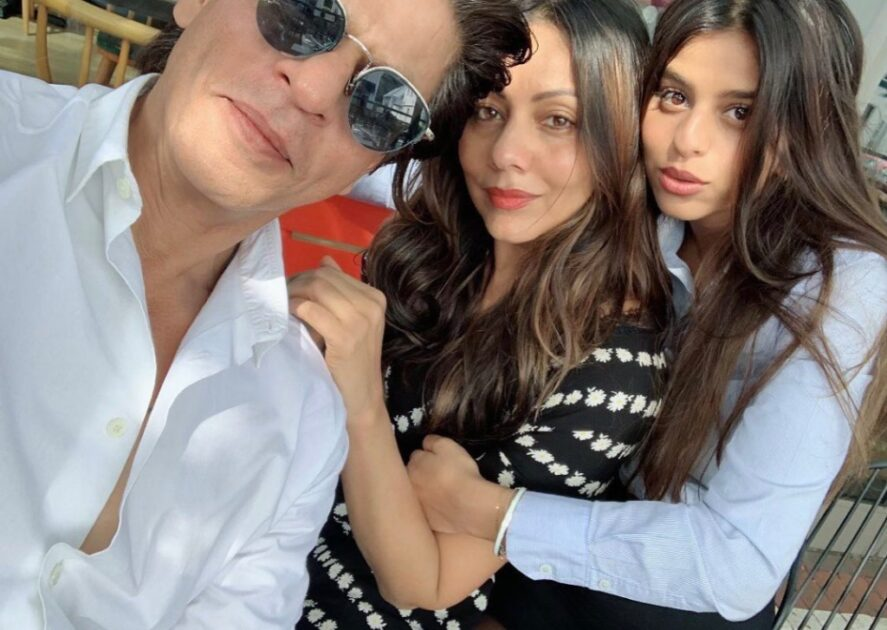 shah rukh khan and his family